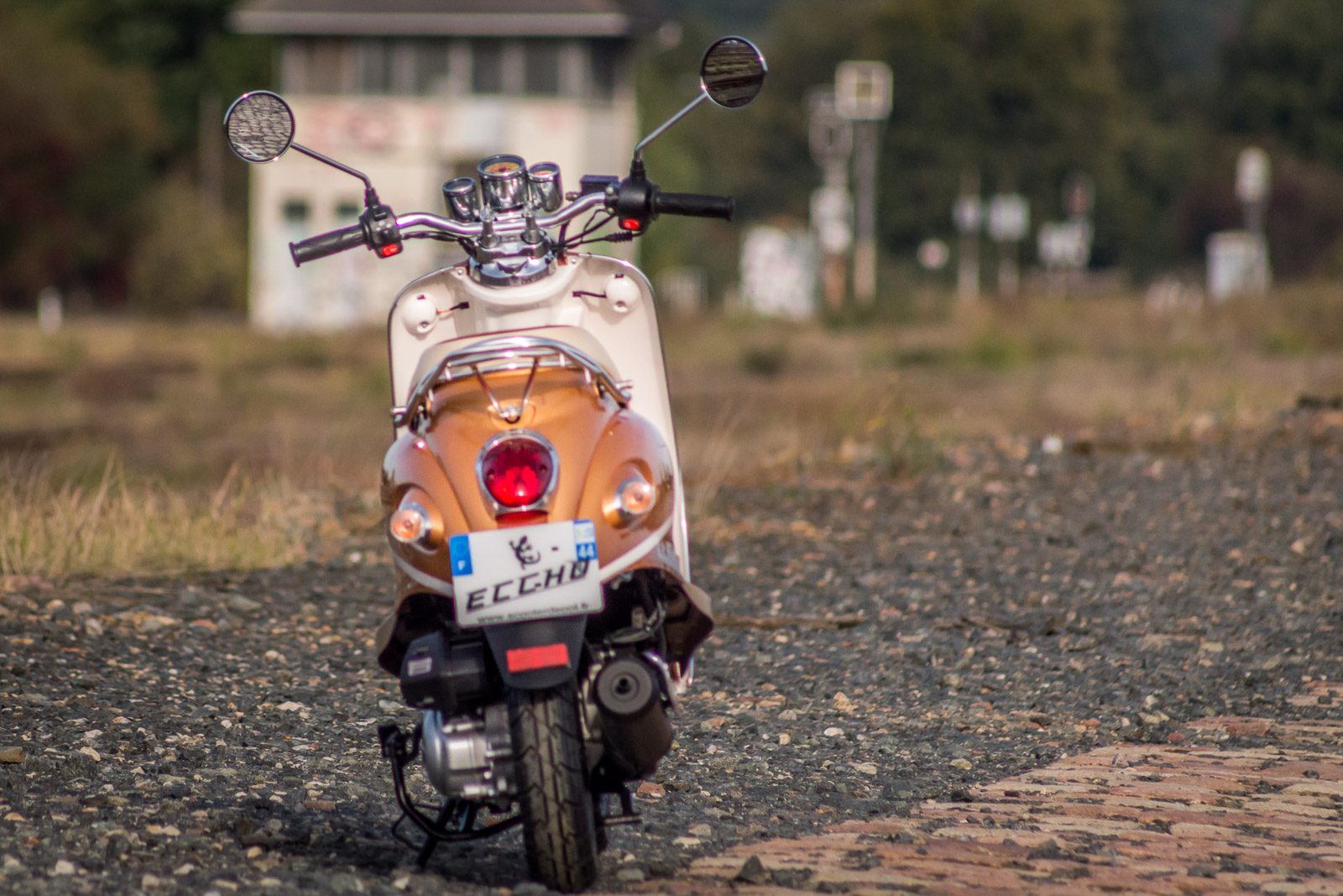 SCOOTER-50-ECCHO-RETRO-GOLDER-06